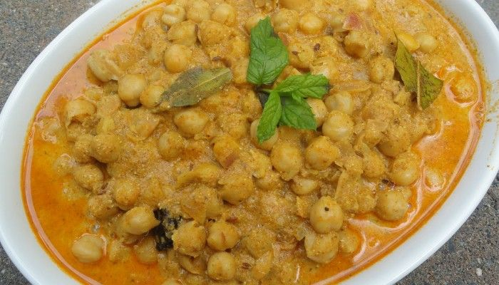 12 Delicious and Traditional Food of Himachal Pradesh !